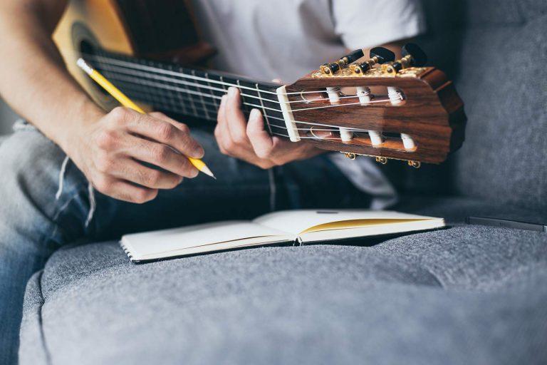 Learning lyrics for singers
