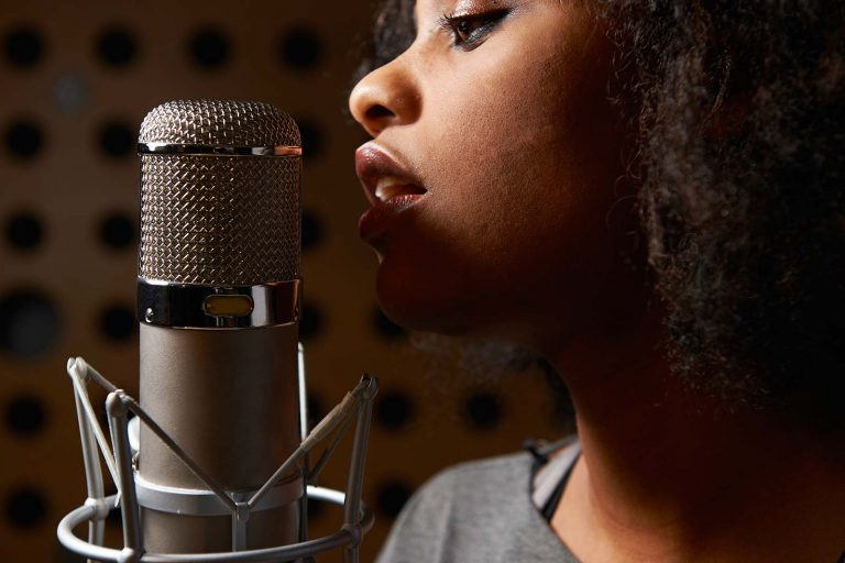 Singing Articles