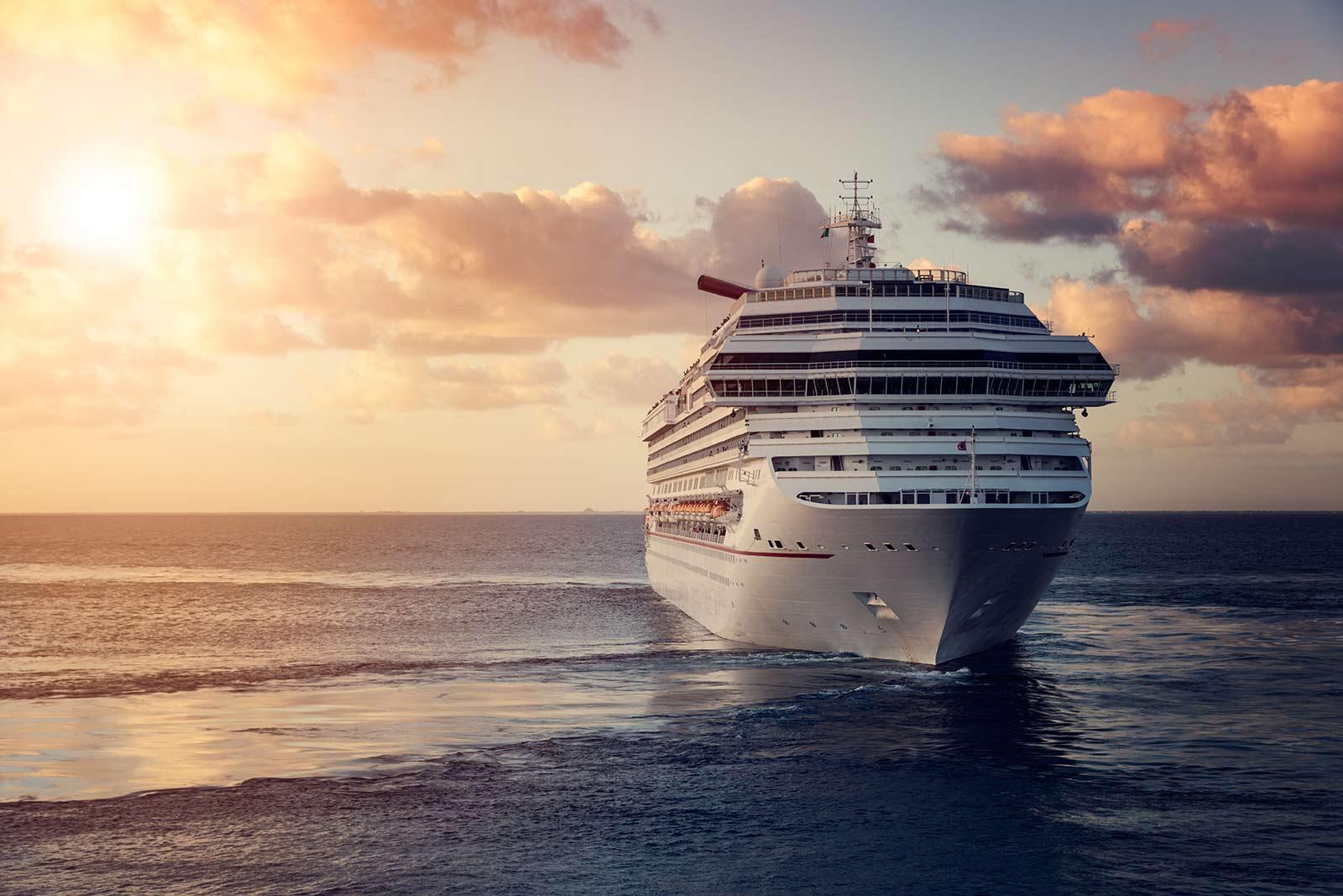 cruise ship entertainment agency