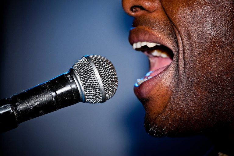 sing in tune